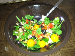 my spinach salad - don't you just love my 'welcome to the 70s' tv tray?  lol